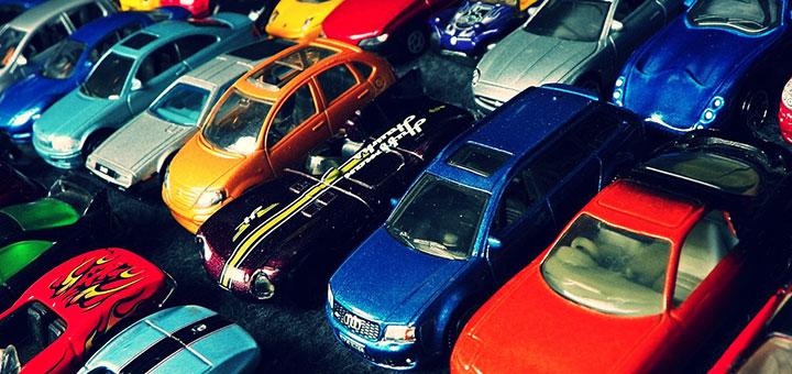 Foto de autos a escala Hot Wheels